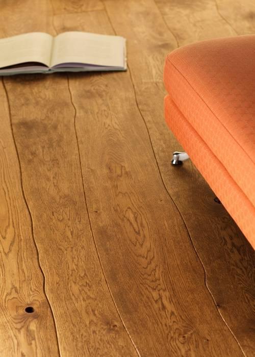irregular-lines-curved-length-bolefloor-wooden-flooring.jpg