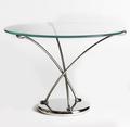 stolek_Arc__navržen_v_roce_2009__vytvořen_v_limitovaném_počtu_23_kusů.jpg