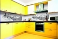 Grafosklo_model_MUSIC_190_obklad_kuchynske_linky_foto_zdroj_J.A.P..jpg