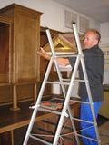 Jak-restaurovat-stary-nabytek2-sekretar-do-sakristie-26.jpg