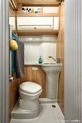 j-koupelna-zboku-resize_galerie-980.jpg